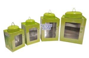 Kaleng Kerupuk Mini Set Edisi Lebaran, terdiri dari 4 pcs. Ukuran 6 x 8 cm, 7 x 10 cm, 9 x 12 cm dan 11 x 13 cm. Terbuat dari alumunium (anti ...